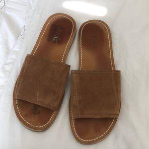 VINCE Slip-On Sandal